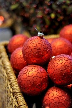 Christmas balls;  Love the color!  Fabulous way to move throughout Thanksgiving into Christmas.  Add burgandy and red and green.  Voila!  <>