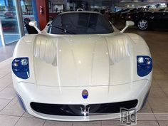 maserati-mc12-for-sale-dealer-wants-a-hefty-185-million-for-it-photo-gallery_7