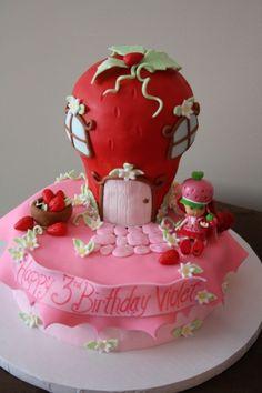 Strawberry Shortcake Birthday Cakes 4th Birthday, Birthday Cakes, Birthday Ideas, Cake Cookies, Cupcake Cakes, Cupcakes, Beautiful Cakes, Amazing Cakes, Strawberry Shortcake Birthday Cake