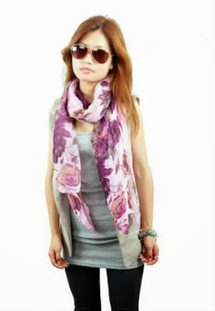 40 Cool Street Styles & Fashion Trends For Women and Girls Ways To Wear A Scarf, How To Wear Scarves, Sale Promotion, Christmas Sale, Shawl, Kids Fashion, Life Styles, Scarfs, Floral