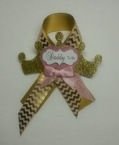 Daddy to be pin princess corsage tiara corsage crown corsage princess daddy pin… Baby Shower Niño, Baby Girl Shower Themes, Baby Shower Princess, Baby Shower Games, Baby Shower Parties, Baby Event, Royal Baby Showers, Pink And Gold, Babyshower