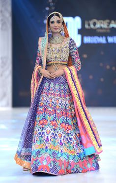 Amna Ilyas, showstopper for Nomi Ansari at PFDC L'Oreal Pari Bridal Week, Fall/Winter 2016.