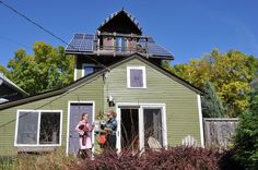 Jacobson home in Seward neighborhood, with photovoltaic roof. (Photos by Jessica Folker)