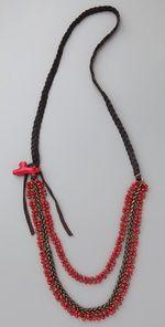 collar negro con rojo