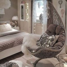 + Cosy Home Dekorationsideen für Mädchen Schlafzimmer + Cosy Home Dekorationsideen für Mädchen Schlafzimmer , Cozy Home Decorating Ideas for Girls' Bedrooms Home Decor Bedroom, Bedroom Furniture, Living Room Decor, Bedroom Ideas, Bedroom Colors, Bedroom Designs, Bedroom Swing Chair, Diy Bedroom, Chair Swing