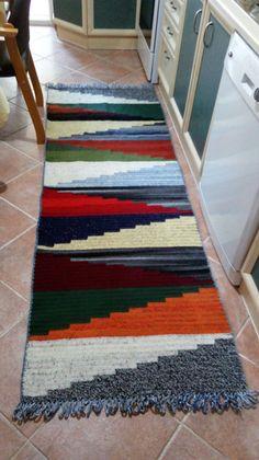 Crochet Mat, Crochet Carpet, Crochet Square Patterns, Crochet World, Tapestry Crochet, Crochet Blanket Patterns, Crochet Shawl, Crochet Furniture, Patchwork Cushion