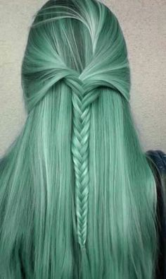 Mint green hair. Seriously the most beautiful hair ever. I could stare at it forever.