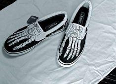 Unusual Skeletal Shoes Promote Odd X-Ray Fashion trendhunter.com