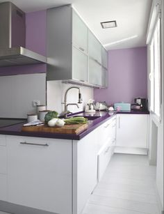 1000 images about color trend on pinterest rose quartz for Cocinas modernas moradas