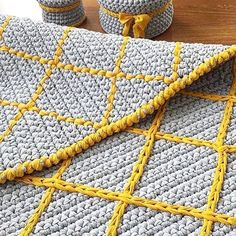 """The location where building and construction meets style, beaded crochet is the act of using beads to decorate crocheted products. """"Crochet"""" is derived fro Crochet Round, Bead Crochet, Crochet Doilies, Crochet Stitches, Crochet Patterns, Beige Carpet, Diy Carpet, Rugs On Carpet, Hall Carpet"""