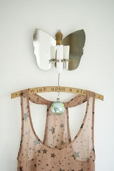 love the old clothespin and tin butterfly! Love Stars, Stars And Moon, Deco Pastel, Elegant Bun, Textiles, Glitter, Make A Wish, Twinkle Twinkle, Decoration
