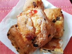 Scones para Navidad Scones, 20 Min, French Toast, Breakfast, Food, Cherries, Custard, Sheet Pan, Christmas Recipes
