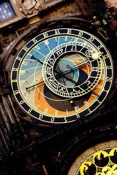 Praga: Ceasul Astronomic 02 by Adrian Zanfir, via Flickr
