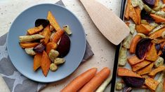 Pečená zimná zeleninka Zdravo, Dairy, Cheese, Food, Essen, Meals, Yemek, Eten