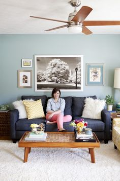 Affordable, Stylish Living Room Design || by Carrie at Dream Green DIY blog, photo by Mallory Benedict