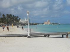 Aruba Palm Beach at Marriott's Surf Club.. love this place! <3