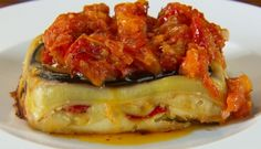 A delicious and satisfying Italian dinner, Neil Perry's Vegetable Lasagne with Roasted Tomato Sauce is sure to impress the whole family. Roasted Capsicum, Roasted Tomato Sauce, Roasted Tomatoes, Vegetable Lasagne, Vegetarian Lasagne, Masterchef Australia, Slow Roast, Sauce Tomate, Pasta