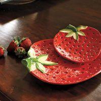 Strawberries Pazzo Plates - NapaStyle