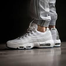 Nike Air Max 95 Essential In Weiss 749766 115