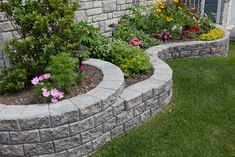 This RisiStone product is a tapered garden stone that is self-aligning with a structural interlock. Designed for garden Landscape Edging Stone, Brick Garden Edging, Garden Stones, Yard Edging, Stone Edging, Garden Pavers, Front House Landscaping, Landscaping Retaining Walls, Backyard Landscaping