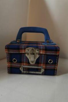70s Schoolgirl picnic checked basket 5