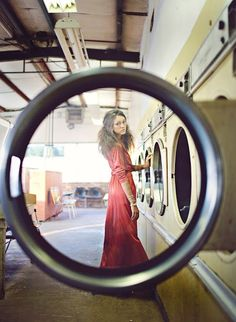 Laundry-mat photo-shoot-prop-ideas