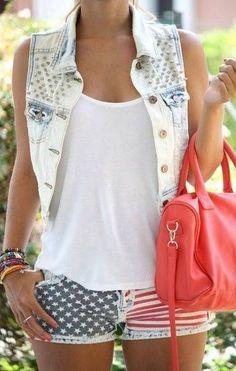 Summer Outfits / USA printed shorts   white denim jacket