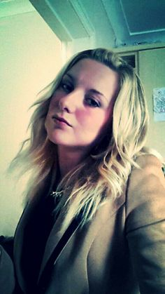 Tussle hair & blazer