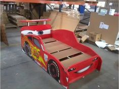 Cama De Cars, Rayo Macqueen, Disney, Base De Cama Para Niños - $ 2,500.00 Toddler Car Bed, Kids Car Bed, Cama Cars, Baby Boy Rooms, Baby Room, Teenager Zimmer Design, Race Car Bed, Teen Room Designs, Room Partition Designs