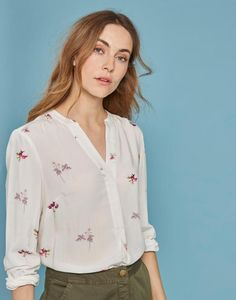 Joules US ROSAMUND Womens Woven Printed Blouse Cream Botanical Vegtable  Teaching Outfits, Teaching Clothes, ad463ddbd2