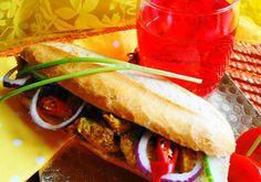 Broodje Kip Masala (brood belegd met kip masala)