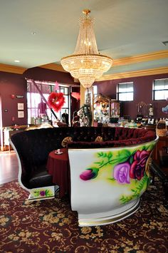 Linde Lane tea room in Dixon, California. I want to go there, so close