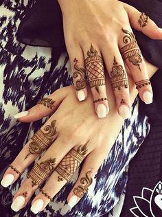 Henna by Divya Mehndi Designs Finger, Mehndi Designs For Fingers, Mehndi Art Designs, Beautiful Henna Designs, Latest Mehndi Designs, Bridal Mehndi Designs, Simple Mehndi Designs, Henna Tattoo Designs, Fingers Design