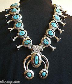 Vintage-NAVAJO-Sterling-Silver-Blue-Gem-Turquoise-SQUASH-Blossom-Necklace