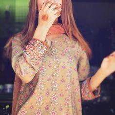 Asian Bridal Dresses, Pakistani Dresses Casual, Girls Dp Stylish, Stylish Girl Images, Cute Girl Poses, Girl Photo Poses, Cool Girl Pictures, Girl Photos, Tumblr Girl Photography