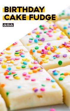 Funfetti-topped fudge is the most fun way to celebrate a birthday. Fudge Recipes, Candy Recipes, Baking Recipes, Dessert Recipes, Dessert Ideas, Cake Ideas, Birthday Cake Fudge, Birthday Cakes, Cake Batter Fudge
