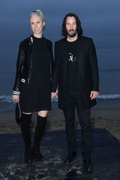 Keanu Reeves Pictures and Photos - Getty Images Keanu Reeves House, Keanu Charles Reeves, Keanu Reeves Alexandra Grant, Johannes Huebl, Keanu Reeves Quotes, Film Man, Keanu Reaves, Poses For Pictures, Hot Actors