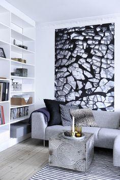 Living room, shelves