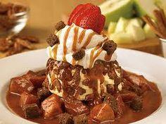 Outback Steakhouse Copycat Recipes: Cinnamon Oblivion. My favorite dessert EVER. So worth the 100,000 calories:)
