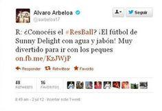 Arbeloa hace publicidad de Sunny Delight a través de su Twitter