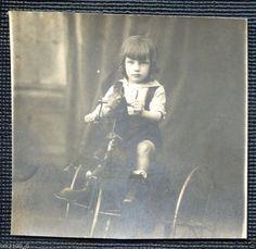 Photo Ancienne Originale D'Epoque Enfant SUR SON Tricycle Cheval | eBay