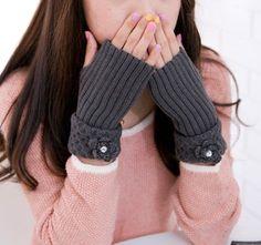 Crocheted Fingerless Gloves Fingerless Mittens Gray by Freshlotus, $12.00
