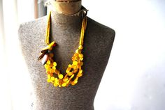 Summer vintage 70s yellow three strand wood's beads and by VezaVe