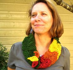 Crochet Parfait: Falling Leaves Ripple Cowl, free