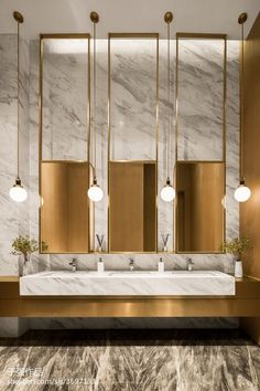 Get inspiration for your work in progress: a new luxury bathroom! Find out the best bathroom lighting fixtures for your interior design project at luxxu.net #bathroom #interiordesign #luxury #luxuryhomes #bathroomideas #lighting