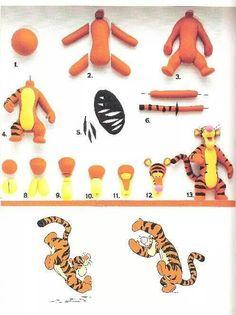 Tiger Tigger -winnie the pooh DIY Clay Polymer Fimo Fondant Figurine Tutorial Fondant Toppers, Fondant Cakes, Cupcake Cakes, Fondant Bow, Car Cakes, Cupcake Toppers, Cake Topper Tutorial, Fondant Tutorial, Fondant Figures