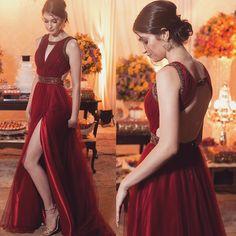 """340 curtidas, 14 comentários - Vestidos de Festa (@vestidosfestax) no Instagram: """"Um luxo ❤️ #vestidos #vestidosdefesta #red #formatura #direito #lindo #dress #promdress #wedding…"""""""