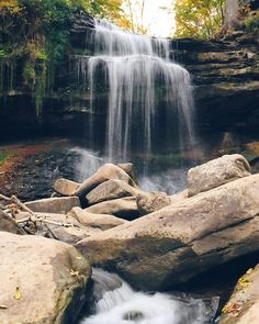 12 Waterfalls In Ontario You Must Visit In Summer 2018 - Narcity Ontario Travel, Toronto Travel, Canadian Travel, Beautiful Waterfalls, Beautiful Places To Travel, Camping And Hiking, Horseback Riding, Cancun Trips, Day Trips