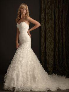Allure Bridals 2404