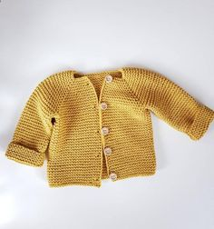 new baby gift unisex baby clothes baby clothes baby shower gift hand knitted Newborn Jumper 100/% Wool great baby gift